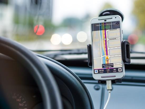 navigation-car-drive-road (1)
